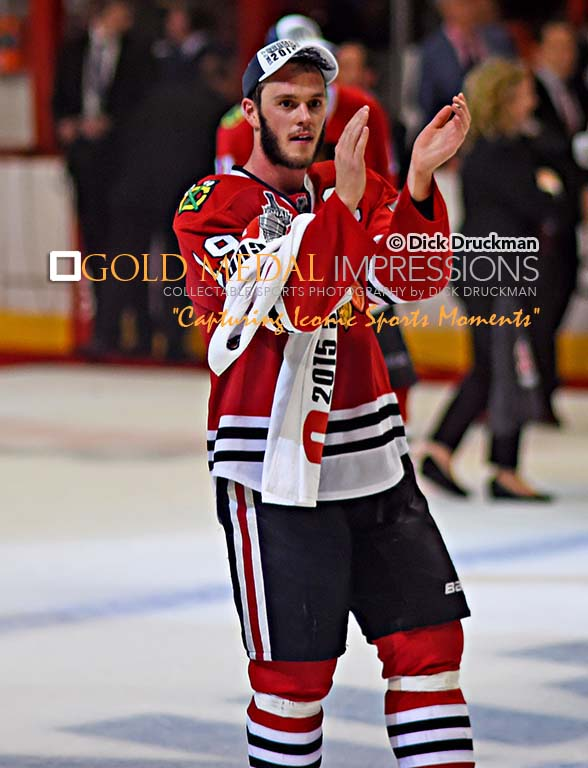 Chicago Blackhawks Jonathan Toews With Captains C
