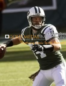 New York Jets quarterback RYAN FITZPATRICK eyes Eric Decker down field