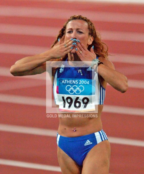 2004 A KISS TO THE CROWD ATHENS OLYMPICS