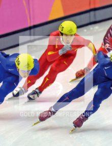 2006 APOLO ANTON OHNO WINS 1000 METER TORINO OLYMPICS