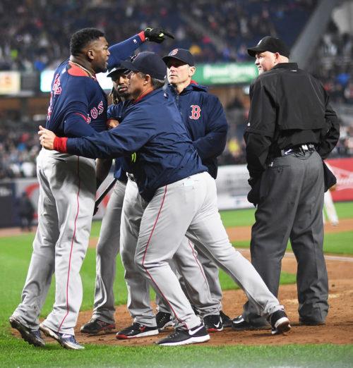 Boston Red Sox DAVID ORTIZ(BIG PAPI) stormed onto the field