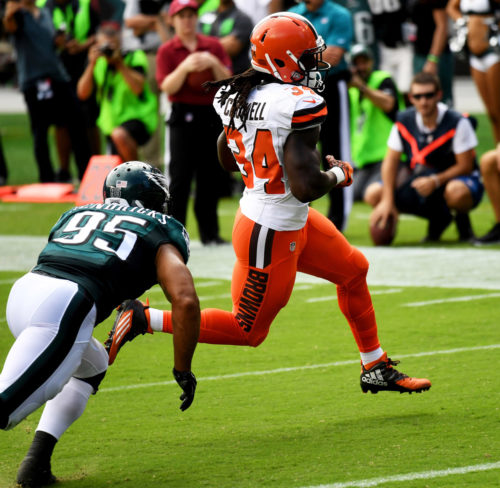 Cleveland Browns running back ISAIAH CROWELL scores