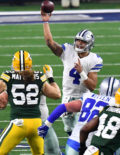 Dallas Cowboys quarteback DAK PRESCOTT completes pass to Cole Beasley