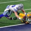Green Bay Packers tight end RICHARD ROGERS makes a diving catch