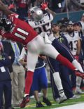 Atlanta Falcons wide receiver Julio Jones makes a leaping catch