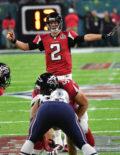 Atlanta Falcons quarteback Matt Ryan leads his team in Super Bowl LI