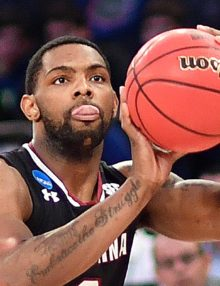South Carolina guard Sindarius Thornwell scores against the Florida Gators
