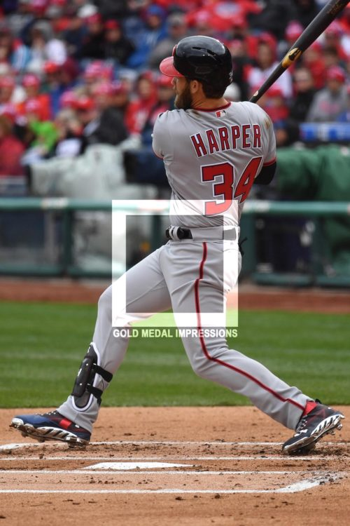 Washington Nationals right fielder Bryce Harper homers in the first