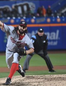 Nationals Tanner Roark strikes out Mets Neil Walker