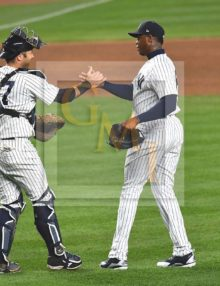 Yankees closer Aroldis Chapman receives congratulations