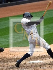 Yankees shortstop Didi Gregorious hits a two-run single