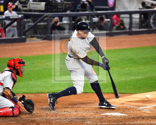 New York Yankees Aaron Judge Golfs a Double