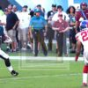 Eagles COREY CLEMENET runs past Giants DARIAN THOMPSON