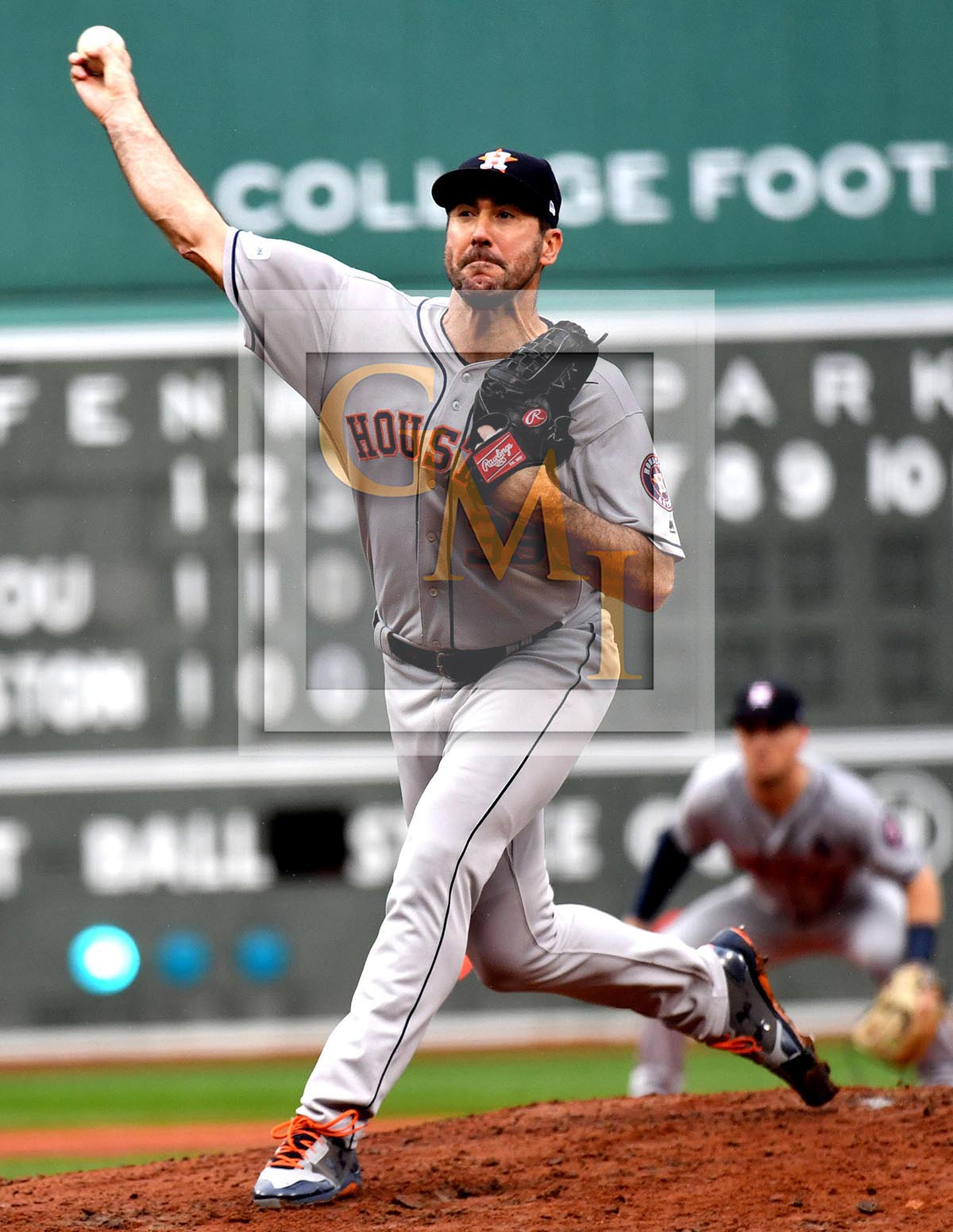 Astros JUSTIN VERLANDER wins his first professional relief appearance