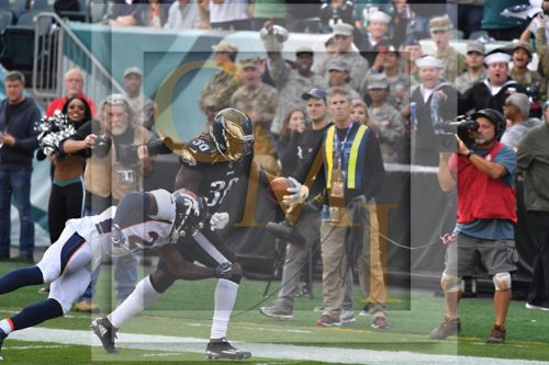 Eagles JAY AJAYI scores first touchdown as an Eagle