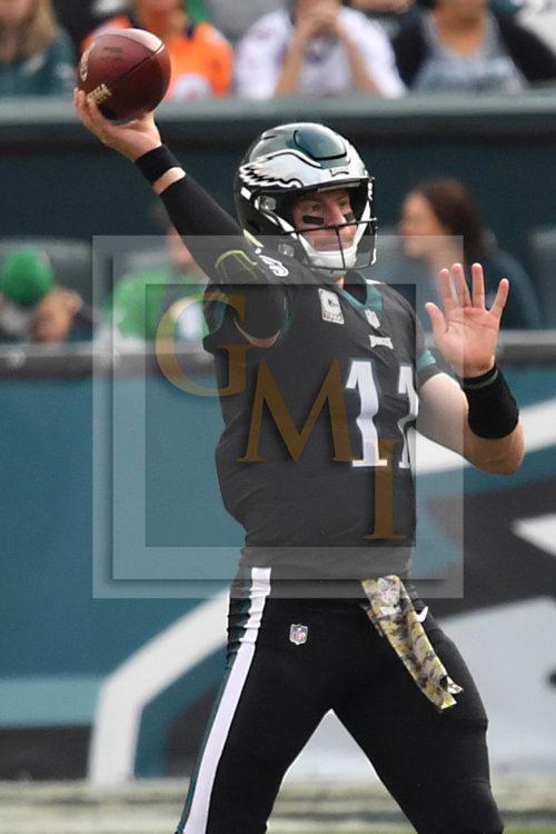 Eagles quarterback CARSON WENTZ throws a pass-pic 1 of 2