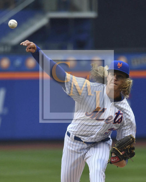 New York Mets NOAH SYNDERGAARD strikes out Dexter Fowler