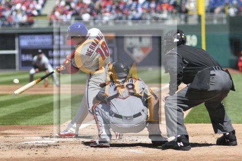 Phillies lead-off batter Cesar Hernandez singles