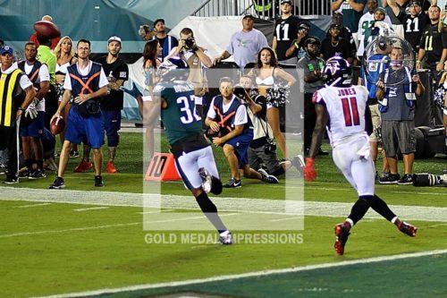 Philadelphia Eagles cornerback Rasul Douglas makes a critical interception