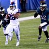 Giants rookie halfback sensation Saquon Barkley makes a spectacular tackle-breaking run