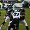 Eagles Carson Wentz throws a touchdown pass to Ashon Jeffrey