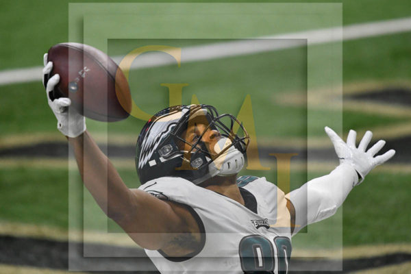 THE THRILL OF SCORING THE GAME'S FIRST TOUCHDOWN - Eagles Jordan Matthews celebrates