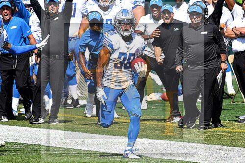 Lions Jamal Agnew returns Philadelphia Eagles kick-off 100 yards