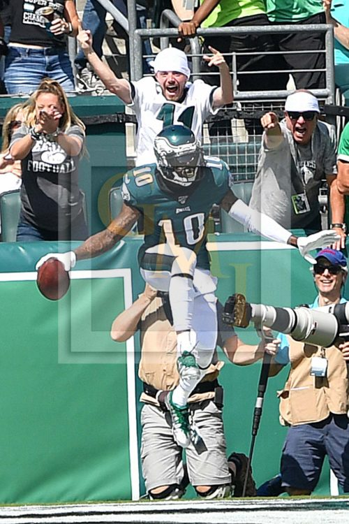 Philadelphia Eagles wide receiver DeSean Jackson celebrates scoring his first of two touchdowns