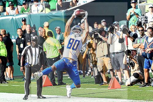 Lions wide receiver Danny Amendola makes a critical catch