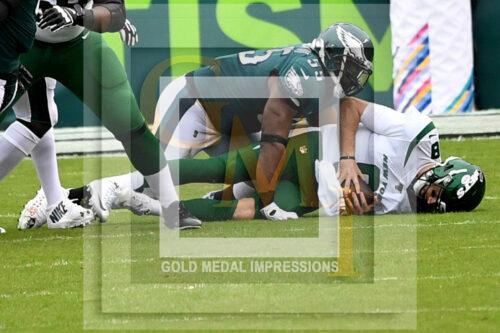 Eagles Brandon Graham sacks New York Jets quarterback Luke Falk in the first quarter