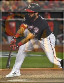 Washington Nationals right fielder Adam Eaton singles