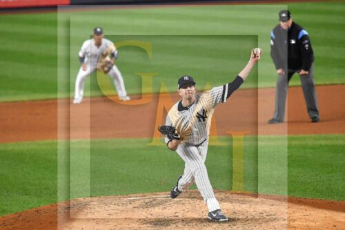 New York Yankees starting pitcher James Paxton