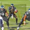 Eagles quarterback Carson Wentz takes the snap in the second quarter