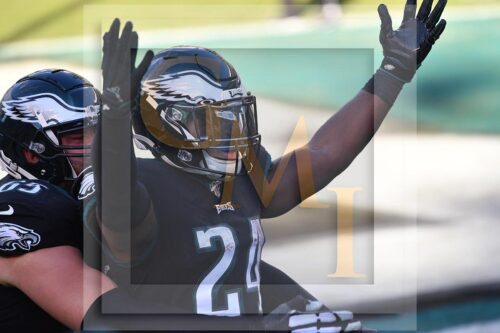 Eagles running back Jordan Howard celebrates scoring a 13yard touchdown