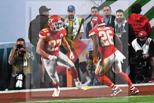 Kansas City Chiefs Travis Kelce celebrates with running back Damien Williams