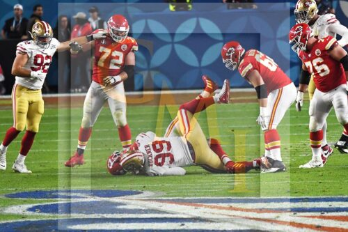 49ers defensive end DeForest Buckner sacks Chiefs QB Patrick Mahomes